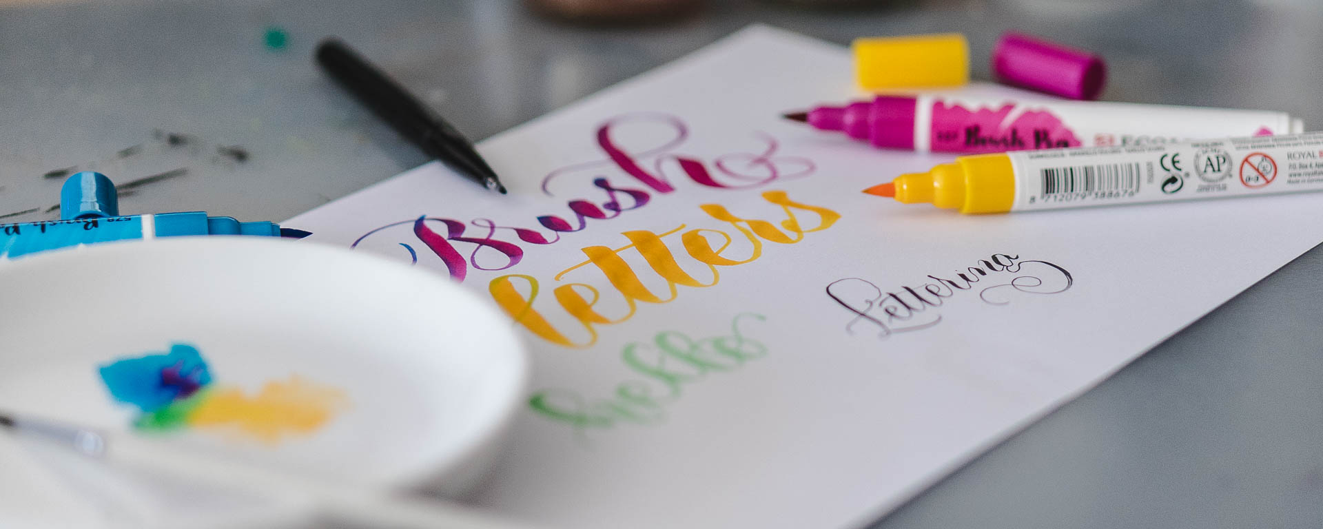 The cheapest versatile Brush Lettering Starter Kit
